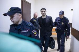 «Система признала, что допустила ошибку»: бывший секретарь петербургского суда Александр Эйвазов — о том, как провел год в СИЗО и добился оправдательного приговора