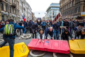 Прокуратура Петербурга подала иск на 11 млн рублей к координатору штаба Навального из-за митинга 5 мая
