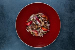 Восемь похмельных рецептов от петербургских баров и ресторанов — от тайского супа с курицей до освежающего коктейля  с лимоном
