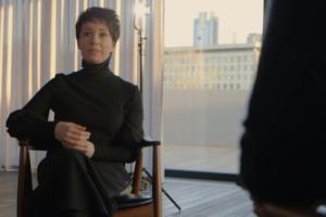 На канале «Ещенепознер» вышло интервью с Хаматовой — о театре «Современник», Эрнсте и благотворительности