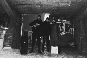 Новый техно-клуб RAF25 находится в бункере на окраине Петербурга — в нем нет связи и запрещена фотосъемка. Почему его хвалят посетители и как проходят вечеринки с европейскими диджеями