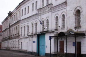 В Петербурге на двух адвокатов завели дело об оскорблении следователя ФСБ. Они защищают родственника, который рассказывал о пытках сотрудниками ФСБ