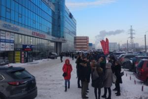 В Петербурге — снова массовые эвакуации. Главное