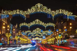 Во вторник в Петербурге погасят и начнут демонтировать новогодние украшения