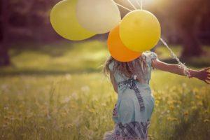Сколько времени проводить с ребенком и нужно ли ему всё объяснять? Психолог Катерина Мурашова рассказывает про главные мифы о воспитании детей