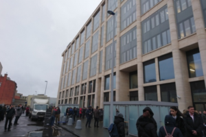 Очевидцы сообщают об эвакуации бизнес-центра «Невская ратуша»