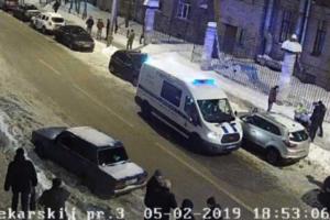 Петербургский студент погиб из-за ледяной глыбы, упавшей со здания его вуза. Что об этом известно и как реагируют университет и городские власти