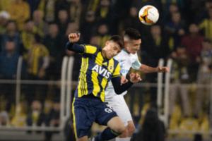 «Зенит» проиграл «Фенербахче» в 1/16 финала Лиги Европы. Это восьмое поражение подряд в гостевых матчах турнира