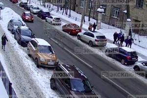 СК допросил проректора петербургского вуза, студент которого погиб из-за упавшей со здания ледяной глыбы, пишет «Фонтанка»
