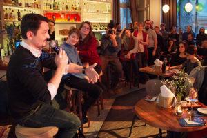 В Петербурге прошел первый Science Bar Hopping — с лекциями о нанотехнологиях и беспилотниках. Видео