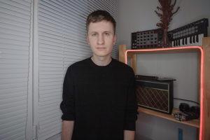 """Петербуржец Алексей Луцай ведет ютьюб-блог о современной культуре. Зачем он рассказывает о кино в жанре видеоэссе, как написал музыку к фильму «Объект """"Дельта""""» и работал над клипом Элджея «360»"""
