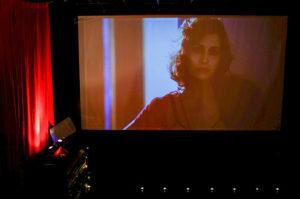 В Петербурге открылся клуб эротического кино. Его соосновательница рассказывает о пользе таких фильмов, фуршетах с голыми артистками и мастурбации в зале