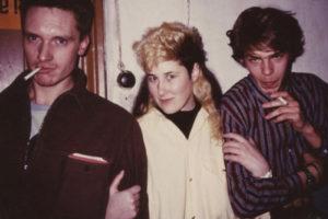«Тексты песен я клала в ботинки, а записи на катушечных лентах прятала под курткой». Джоанна Стингрей — о том, почему приехала в СССР в 80-е и как вывозила в США записи Цоя и Гребенщикова