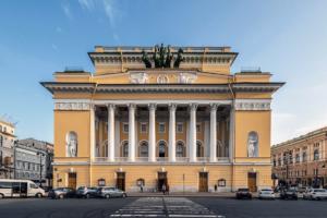 Александринский и Волковский театры объединили в первый российский национальный театр