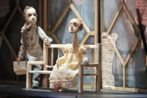 В Большом театре кукол прошли обыски, на директора завели дело о получении взятки в 1,2 млн рублей. Что об этом известно