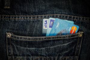 Visa увеличила максимальную сумму платежа без пин-кода до 3 тысяч рублей