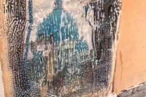 В переулке Радищева отмыли репродукции картин Боттичелли и других художников, которые закрасили коммунальные службы