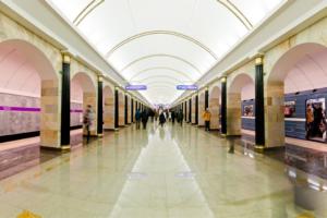 В Пасху метро Петербурга будет работать всю ночь