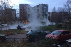 В Петербурге постоянно прорывает трубы, аварии приводят к гибели людей. Почему это происходит и пытаются ли власти исправить ситуацию