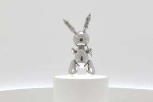 Скульптура «Кролик» стала самым дорогим произведением современного искусства. Ее продали за 91 млн долларов