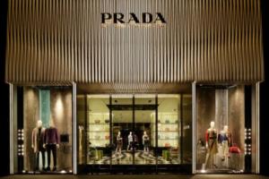 Prada откажется от использования натурального меха
