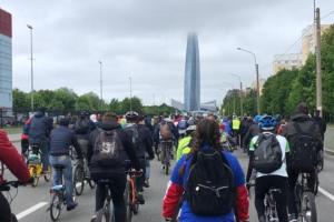 В Большом велопараде поучаствовали 23 тысячи петербуржцев. Это новый рекорд