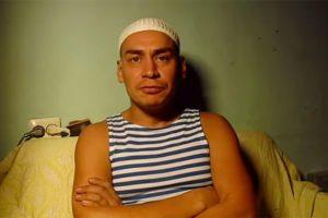 Полиция не нашла экстремизма в действиях петербургского активиста Тимура Булатова. Правозащитники обвиняли его в травле ЛГБТ-подростков в Екатеринбурге