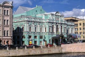 Оператор Wi-Fi в метро к столетию БДТ разыгрывает билеты на спектакли Могучего, Вырыпаева и Богомолова