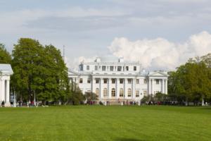 В Петербурге пройдет неделя реставрации. Горожане смогут посмотреть на балюстраду Исаакиевского собора