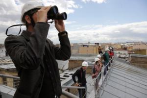 Как в Петербурге легально погулять по крышам и какой штраф грозит за участие в незаконной экскурсии?