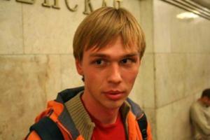 Журналиста «Медузы» Ивана Голунова задержали в Москве по делу о сбыте наркотиков. Вот 8 его расследований — о похоронном бизнесе, даче Януковича и «черных кредиторах»