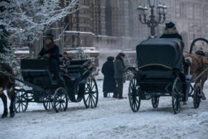 Вышел первый трейлер фильма «Серебряные коньки». Для его съемок на реки и каналы Петербурга клали деревянный настил