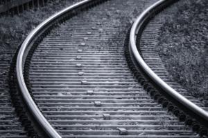 Строительство скоростной железной дороги между Петербургом и Москвой оценили в 1,5 триллиона рублей