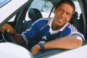 Сватовство, НЛО и рэкет 90-х: истории читательниц «Бумаги» о самых странных и веселых разговорах с таксистами