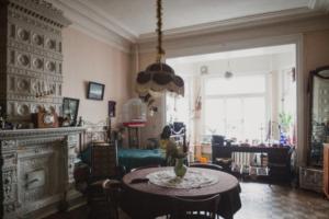 Автор блога о старом фонде Максим Косьмин запустил платную рассылку с подборками квартир для аренды и историями их поиска