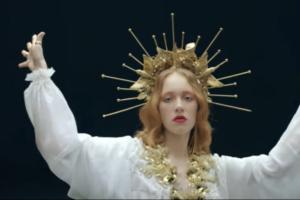 «Ленинград» выпустил клип на песню «i_$uss» — с сюжетом о действии наркотиков