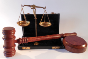 Суд вернул протокол на Федора Горожанко в полицию. Накануне кандидата в муниципальные депутаты задержали в ИКМО «Екатерингофский»