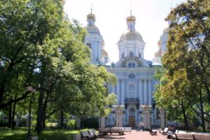 В Петербурге закрыты Таврический сад и еще четыре сквера из-за вчерашней непогоды