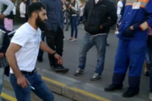 Полиция отпустила под подписку о невыезде подозреваемого в нападении с ножом на борцов с нелегальной торговлей у «Проспекта Большевиков»