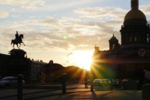 В конце июля в Петербурге потеплеет и закончатся дожди, рассказал главный синоптик