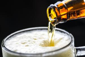 Минпромторг предложил разрешить магазинам не считать пиво алкоголем