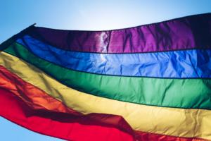 Как после убийства Елены Григорьевой изменилась атмосфера в ЛГБТ-сообществе и действительно ли гомосексуалам стали чаще угрожать