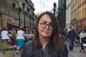 В Петербурге задержали подозреваемого по делу об убийстве активистки Елены Григорьевой. СК сообщает, что на нее напали после бытовой ссоры
