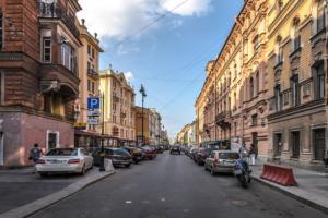 Рестораторы и жители улицы Рубинштейна обсудили урегулирование конфликта