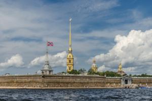 В Петербург вернулась жаркая и солнечная погода ☀️