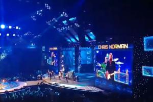 Британский певец Крис Норман прервал концерт в Ледовом дворце из-за «паршивого звука»