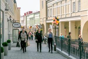 Вы знали, что в Финляндии в 500 метрах от границы есть целая деревня с брендовыми магазинами и ресторанами? Вот чем можно заняться в Zsar Outlet Village