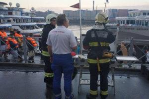 При пожаре на теплоходе в Петербурге погиб один человек. Что известно о причинах возгорания и уголовном деле