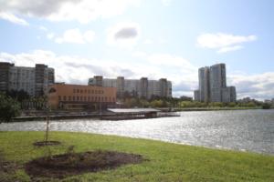 В сентябре в Купчине откроют парк Героев-пожарных — с прудами, скейтпарком и велодорожками