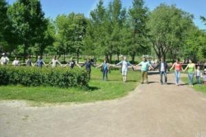 Беглов на дебатах заявил, что Смольный решил проблему с застройкой парков в Петербурге, и призвал отказаться от митингов. Оппоненты с ним не согласились